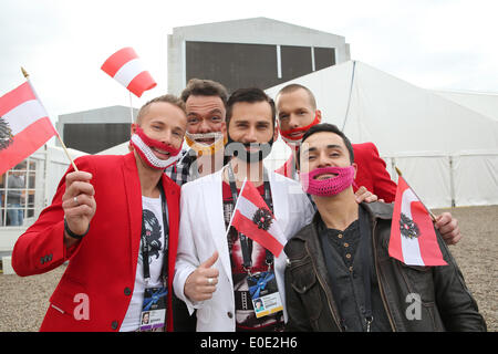 Copenhagen, Denmark. 10th May, 2014. Austrian fans cheer before the grand final of the 59th Eurovision Song Contest - Stock Photo
