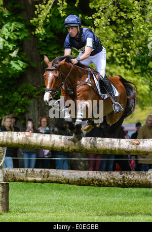 Badminton House, Gloucestershire, 10th May 2014. Tim Price and RINGWOOD SKY BOY - Cross Country phase, Mitsubishi - Stock Photo