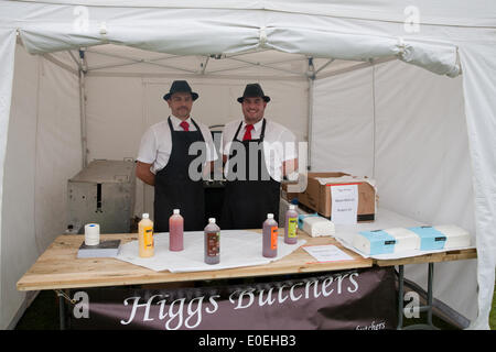 Cudham, UK. 11th May 2014. Bacon rolls and hamburgers were on sale to raise money for St Christopher's Hospice during - Stock Photo