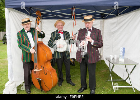 Cudham, UK. 11th May 2014. West End Jazzband at the start of the Bluebell fundraising walk 2014 to raise funds for - Stock Photo