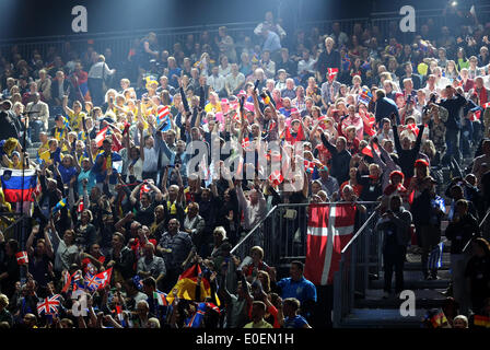 Copenhagen, Denmark. 10th May, 2014. Fans wait for the beginning of the grand final of the 59th Eurovision Song - Stock Photo