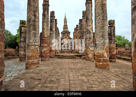 Wat Mahathat temple complex, Sukhothai Historical Park, Thailand