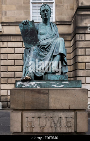 Statue of Hume by Alexander Stoddart on the Royal Mile in Edinburgh - Stock Photo