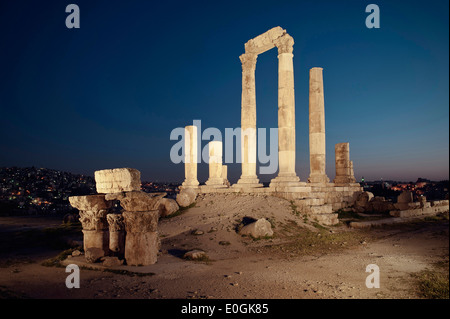 Ruins of roman hercules temple at night, Amman, Jordan, Middle East, Asia - Stock Photo