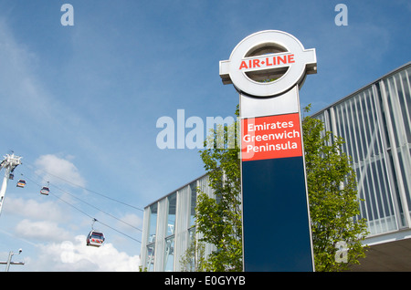 Emirates Air-Line Cable Car, Greenwich Peninsula, London, England - Stock Photo