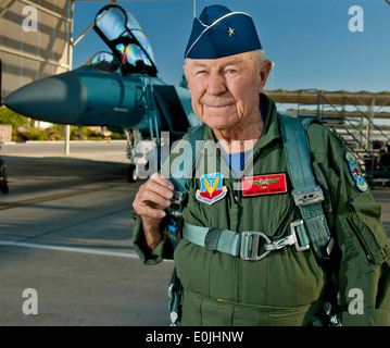 United States Air Force Brig. Gen. Charles E. 'Chuck' Yeager, retired, prepares to board an F-15D Eagle from the - Stock Photo