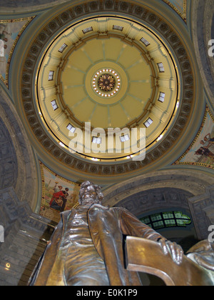Abraham Lincoln and the interior dome of the State Capitol of Kentucky in Frankfort - Stock Photo