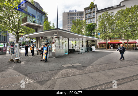 The last standing traffic control tower in Berlin, the Verkehrskanzel at Joachimstaler Platz by the Kurfürstendamm. - Stock Photo