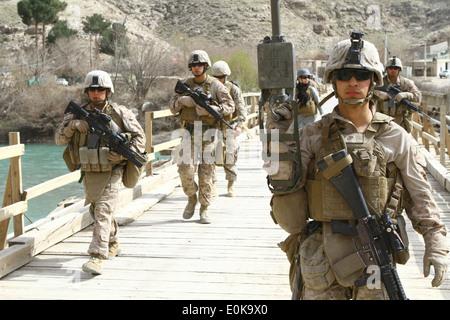 Lance Corporal Juan R. Sanchezvelazquez, a motor transport operator with Golf Battery, 2nd Battalion, 11th Marine - Stock Photo