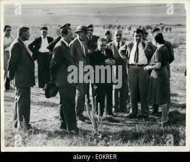 Aug. 08, 1946 - Director of Unrra visits Lidice. Mr. La Guardia pays tribute in Czech village.: Mr. Fiorella La - Stock Photo