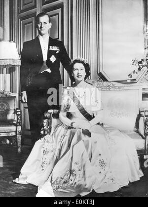 Queen Elizabeth II and Prince Philip in Elysee Palace - Stock Photo