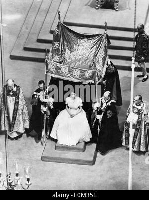 Queen Elizabeth II's coronation ceremony - Stock Photo