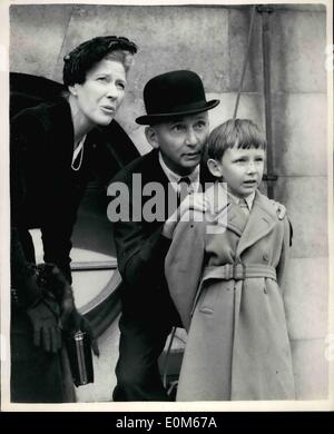 Sep. 09, 1953 - BATTLE OF BRITAIN FLY-PAST. THE AIR MARSHAL IN A BOWLER.. Many well known personalities were on - Stock Photo
