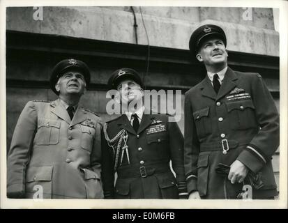 Sep. 09, 1953 - Battle Of Britain Fly-Past Air Chiefs Watch From Air Ministry: Many well known personalities were - Stock Photo