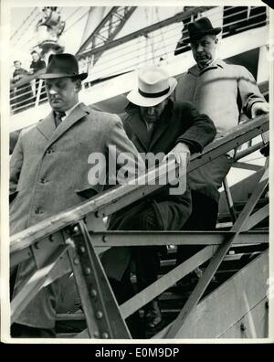 Mar. 03, 1954 - Hepper Brought back from Spain to face charge of Murdering eleven year old girl: Chelsea artist - Stock Photo