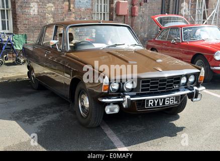 1973 Rover 3500 V8 P6 series 2 Chatham Dockyard classic car show - Stock Photo