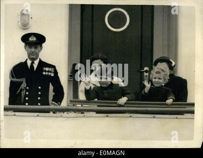 Apr. 04, 1954 - The Royal Children Leave Portsmouth For Tobruk. Prince Charles And Princess Anne Wave From Bridge. - Stock Photo