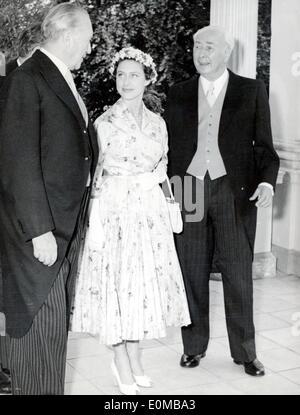 Princess Margaret meets politicians at Hammershmidt Villa - Stock Photo