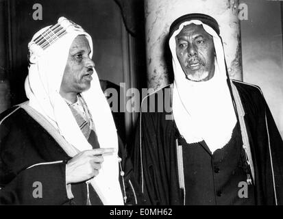 May 05, 1955; New York, NY, USA; A delegation representing the 650,000 inhabitants of Somali Protectorate delivered - Stock Photo