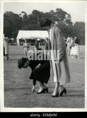 Jun. 06, 1955 - The Queen at the Duke of Edinburgh attend the Royal Windsor Polo tournament.: H.M. the Queen and - Stock Photo