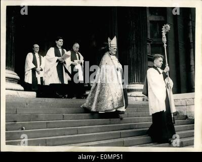 Feb. 02, 1956 - New Bishop Of London Enthroned At St. Paul's Cathedral In Procession: The RT. Rev. Heity Colville - Stock Photo