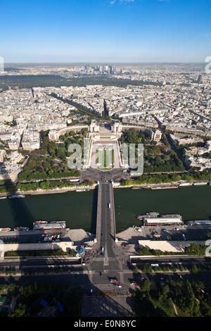 Aussicht vom Eiffelturm, Frankreich - Vista from Eiffel Tower, France, Paris - Stock Photo