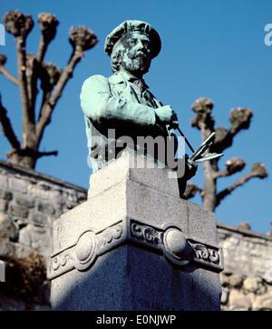 AJAX. AUVERS SUR OISE, FRANCE. - STATUE OF ARTIST CHARLES FRANCOIS DAUBIGNY, IMPRESSIONIST PAINTER. PHOTO:JONATHAN - Stock Photo