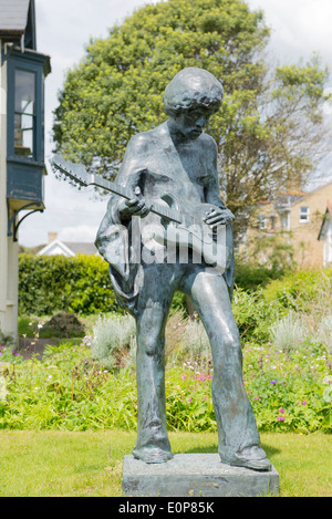 Jimi Hendrix statue situated at dimbola lodge on the isle of wight close by to where he played at the 1970 isle - Stock Photo