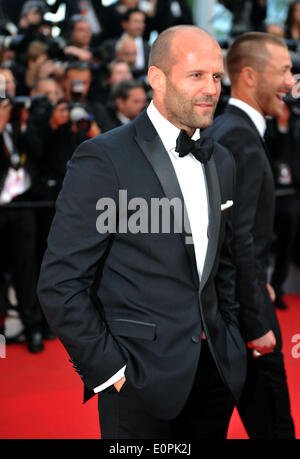 (140518) -- CANNES, May 18, 2014 (Xinhua) --  Actor Jason Statham of 'The Expendables 3' arrives at the red carpet - Stock Photo