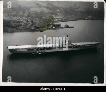Apr. 04, 1957 - Big Ships of the Royal Navy for breakers yard. Biggest change ever in Military Policy: Many big - Stock Photo