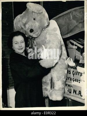 Nov. 11, 1957 - Christmas Gifts For Refugees In Germany And Austria Vivien Leigh A Very Big T3eddy Bear: Miss Vivien - Stock Photo