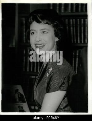 Dec. 11, 1957 - Princess Margaret At Royal Of Medicine.: Princess Margaret in this evening visiting the Royal Society - Stock Photo