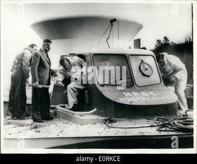 Dec. 12, 1959 - The duke of edinburgh flies in the hovercraft : The duke of Edinburgh flew in a helicopter from - Stock Photo