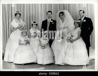 Jan. 01, 1960 - lady Pamela Mountbatten Marries Mr David hicks at Romsey Abbey. Princess Anne was a bridesmaid this - Stock Photo