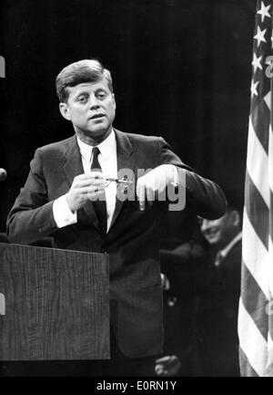 the controversy in the united states during the john fitzgerald kennedy John fitzgerald kennedy (may 29, 1917 – november 22, 1963), commonly known as jack or by his initials jfk, was the 35th president of the united states, serving from 1961 until his death in 1963.