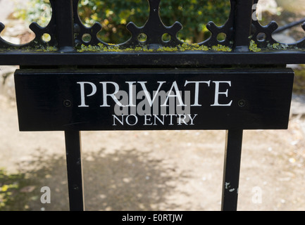 Private No Entry sign on a gate, UK - Stock Photo