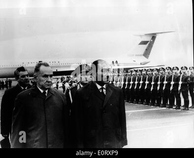 Alexei Kosygin and Anwar Sadat inspect troops - Stock Photo