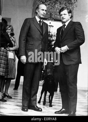 Senator Edward Kennedy visits Giscard D'Estaing - Stock Photo