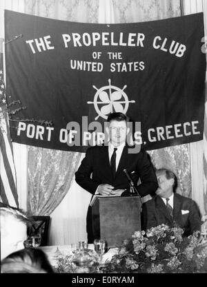Senator Ted Kennedy speaks at Propeller Club - Stock Photo