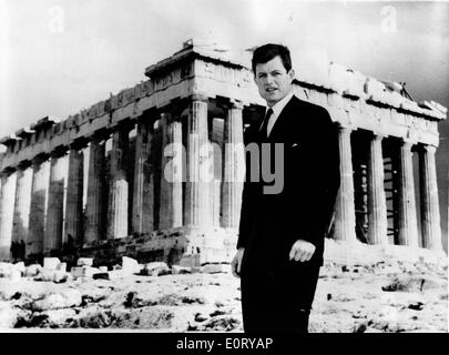 Senator Ted Kennedy visits the Parthenon - Stock Photo