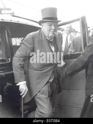 Sir Winston Churchill arrives at Epsom Derby