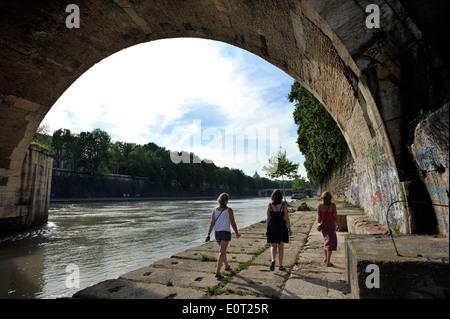 italy, rome, tiber river, ponte sisto - Stock Photo