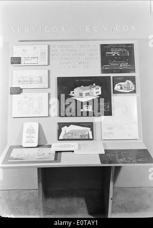 Exposição '14 anos de Política do Espírito', Lisboa, 1948 - Stock Photo