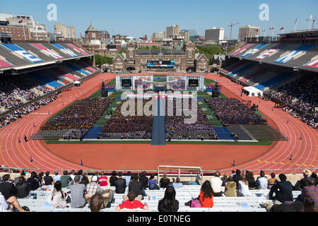 Philadelphia, Pennsylvania, USA. 19th May 2014. University president Amy Gutmann delivers commencement speech to - Stock Photo