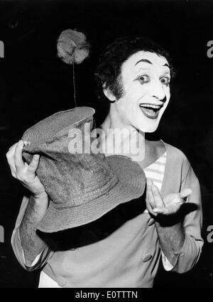 Portrait of French mime Marcel Marceau - Stock Photo