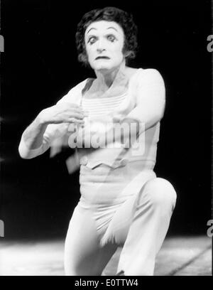 French mime Marcel Marceau acting during a show - Stock Photo