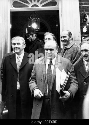 Joe Gormley leaves meeting at No. 10 Downing Street - Stock Photo