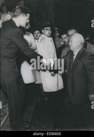 Jun. 06, 1961 - Summit meeting Kennedy-Kruschchev in Vienna: On June 3rd, in Vienna the talks began between the - Stock Photo