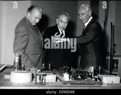 Jun. 06, 1962 - Professor Hahn reconstructed a historical moment: On the way back from the meeting of the Nobel - Stock Photo
