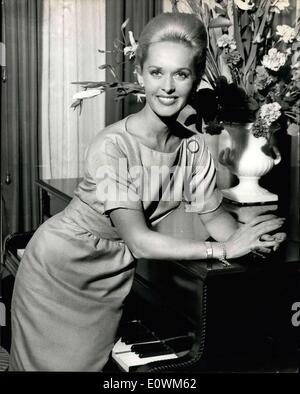 Aug. 28, 1963 - Hitchcock's Latest Discovery. Like Grace Kelly: Discovered by film producer Alfred Hitchcock, and - Stock Photo